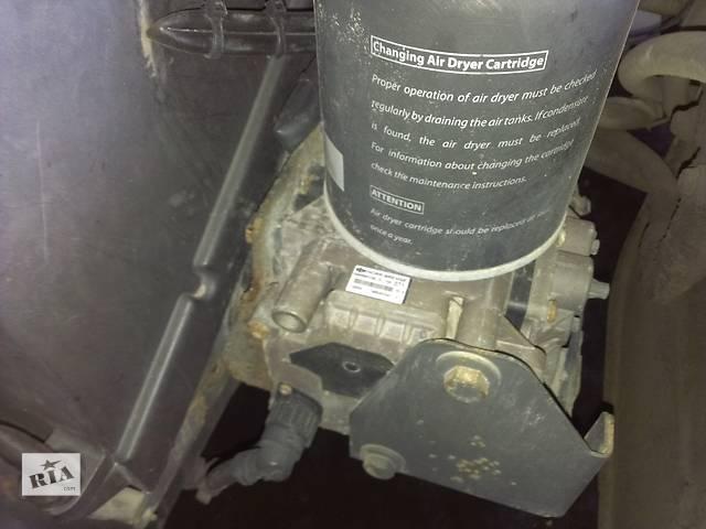 продам б/у 4х-контурный Тормозной кран Renault Magnum 440 Evro3 бу в Рожище