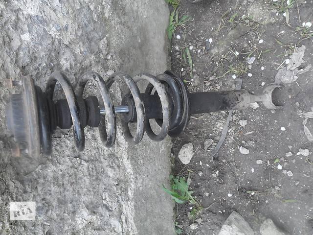 продам Б/у амортизатор задний/передний для легкового авто Audi A4 бу в Дубно (Ровенской обл.)