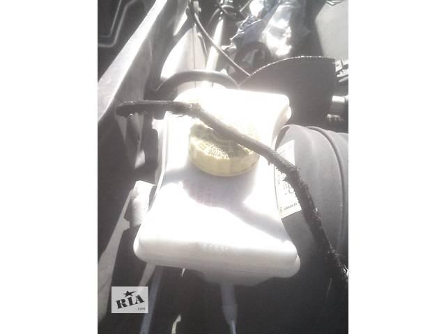 купить бу Б/у бачок главного тормозного для седана Audi A6 в Ивано-Франковске