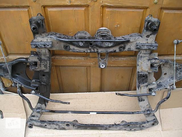 продам Б/у балка передней подвески для легкового авто Renault Duster бу в Львове