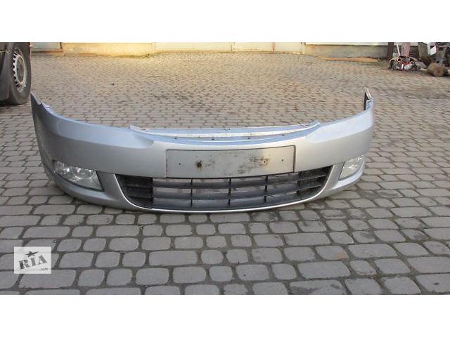 продам Б/у бампер передний для хэтчбека Skoda Octavia A5 2010 бу в Пустомытах (Львовской обл.)