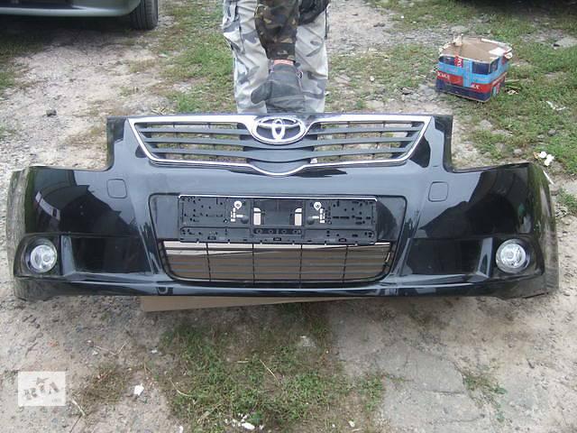купить бу Б/у бампер передний для легкового авто Toyota Avensis в Ровно