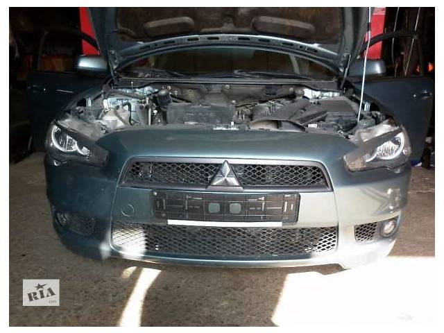бу Б/у бампер передний для седана Mitsubishi Lancer в Луцке