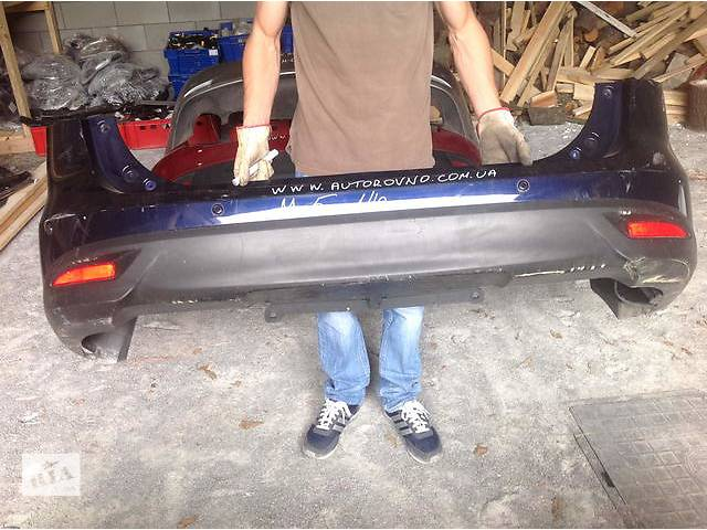 продам Б/у бампер задний для легкового авто Mazda 5 бу в Ровно