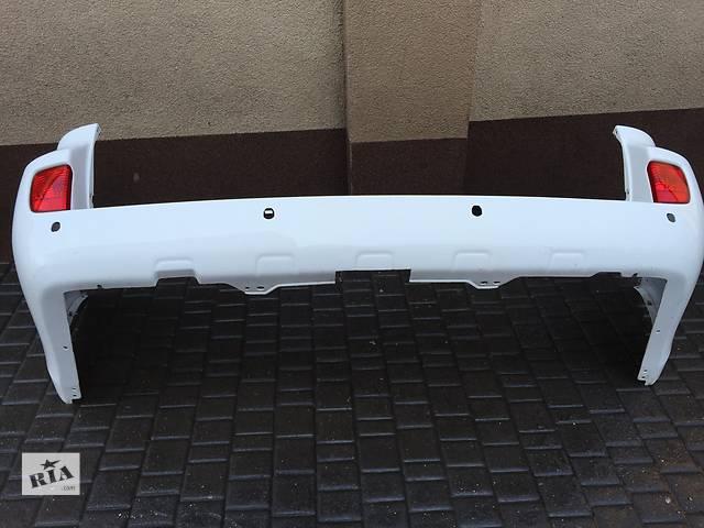 купить бу Б/у бампер задний для легкового авто Toyota Land Cruiser 200 в Ровно