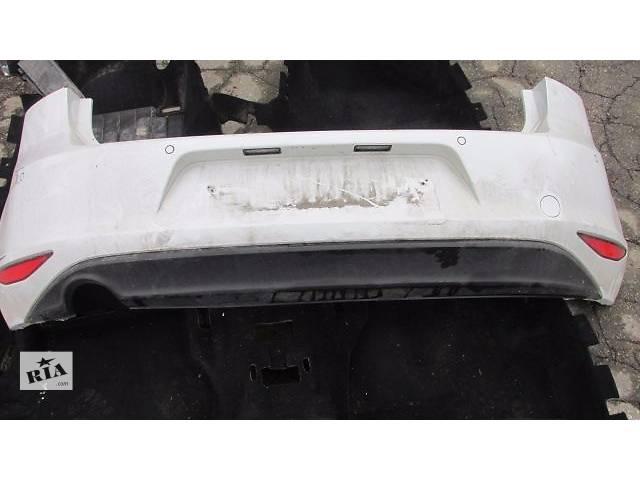 продам Б/у бампер задний для седана Volkswagen Golf VII бу в Пустомытах (Львовской обл.)