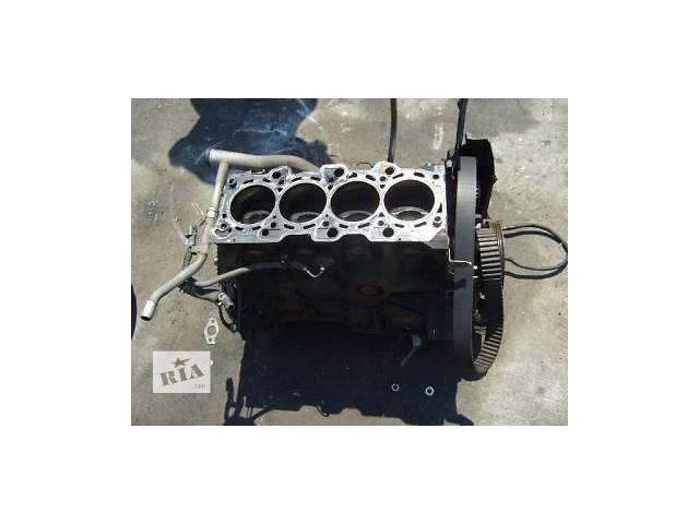 купить бу Б/у блок двигателя для легкового авто Mitsubishi Galant 2.3 в Ужгороде