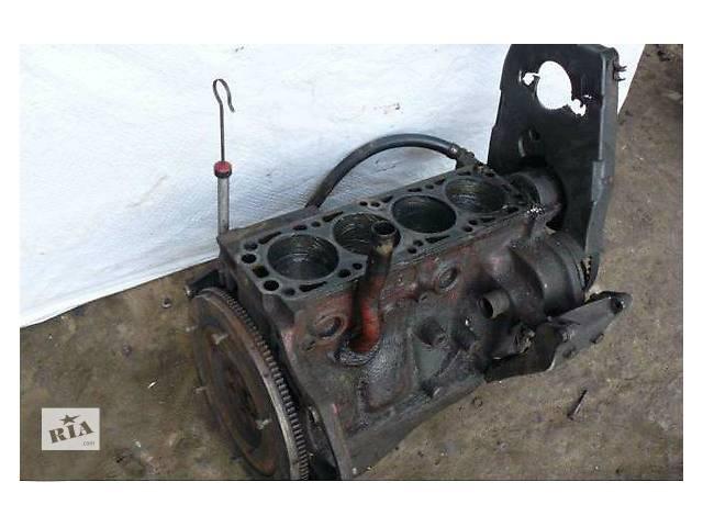 продам Б/у блок двигуна для легкового авто Opel Astra F 2.0 бу в Ужгороде