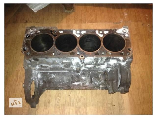купить бу Б/у блок двигуна для легкового авто Opel Calibra 2.0 в Ужгороде