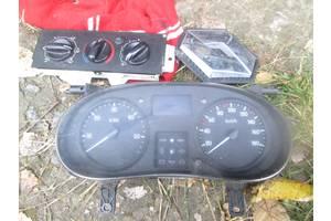 б/у Блоки кнопок в торпеду Renault Master груз.