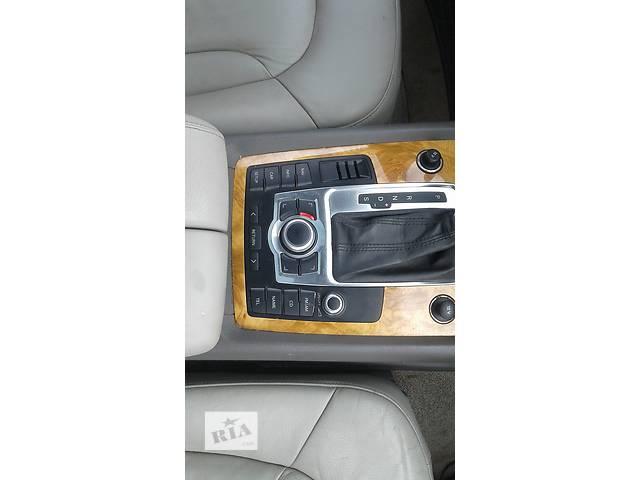 продам Б/у блок кнопок в торпеду для легкового авто Audi Q7 бу в Львове
