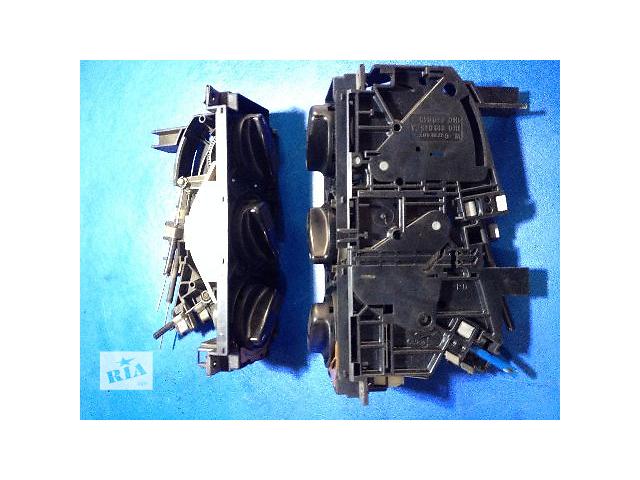продам Б/у блок управления печкой/климатконтролем для легкового авто Volkswagen B3 (4-ри троса) бу в Луцке