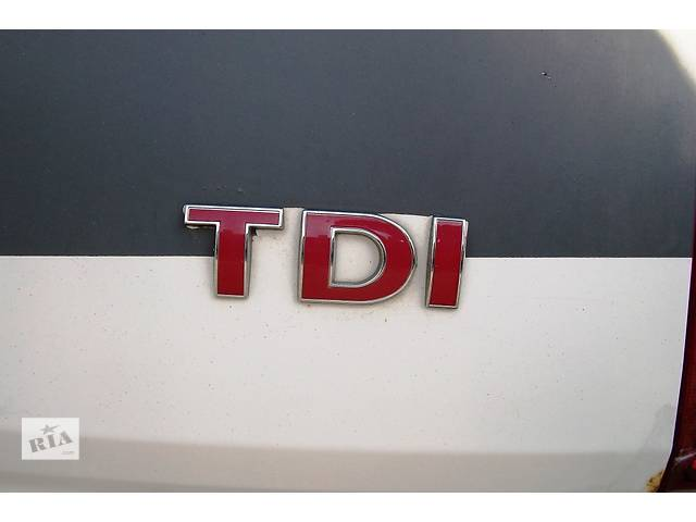 купить бу Б/у Буквы Эмблема Volkswagen Crafter Фольксваген Крафтер 2.5 TDI 2006-2010 в Луцке