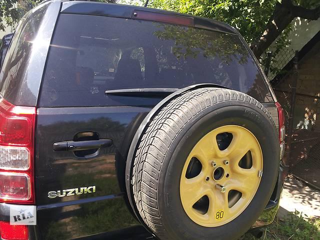 купить бу Б/у четверть автомобиля для легкового авто Suzuki Grand Vitara (5d) в Киеве