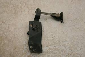 Б/у Датчик положения кузова задний на SUBARU Legacy Outback (B13) 2006-2009 84031AG000