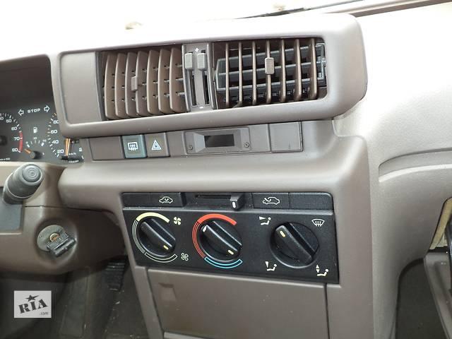 купить бу Б/у дефлектор для седана Peugeot 405 1987-1993г в Николаеве