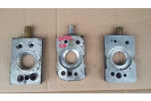 Б/у другие запчасти ГБО смеситель (проставка под газ) на моноинжектор Opel Vectra A (1,4-1,6-1,8)(1988-1995)