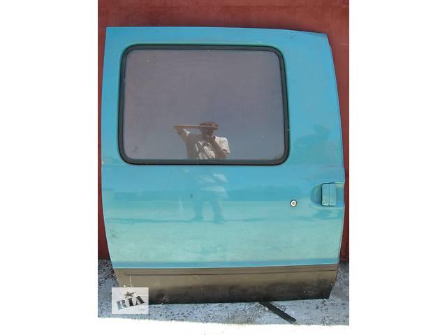 бу Б/у дверь боковая сдвижная R Nissan Vanette грузовой 1996 в Броварах