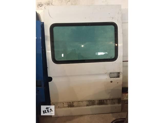 купить бу Б/у дверь боковая сдвижная правая высокая для грузовика Renault Mascott Master 97-10 в Ужгороде