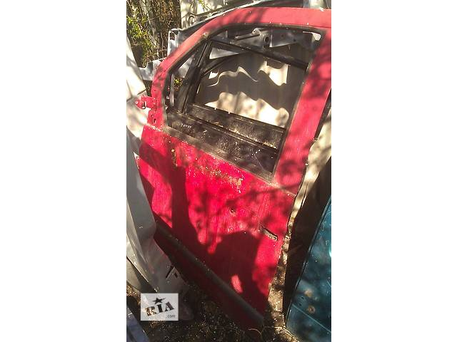 Б/у дверь передняя для легкового авто Mercedes Vito- объявление о продаже  в Львове