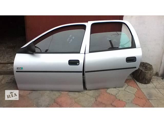 купить бу Б/у дверь передняя и зздняя для легкового авто Opel Corsa в собрание в Белой Церкви (Киевской обл.)