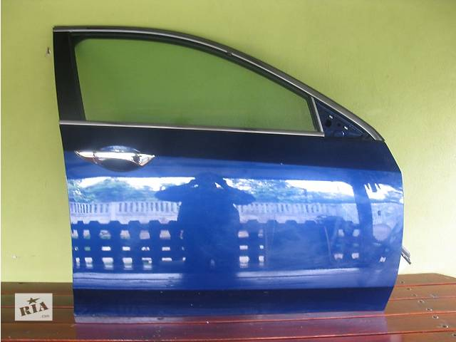 продам Б/у Дверь передняя Honda Accord бу в Киеве