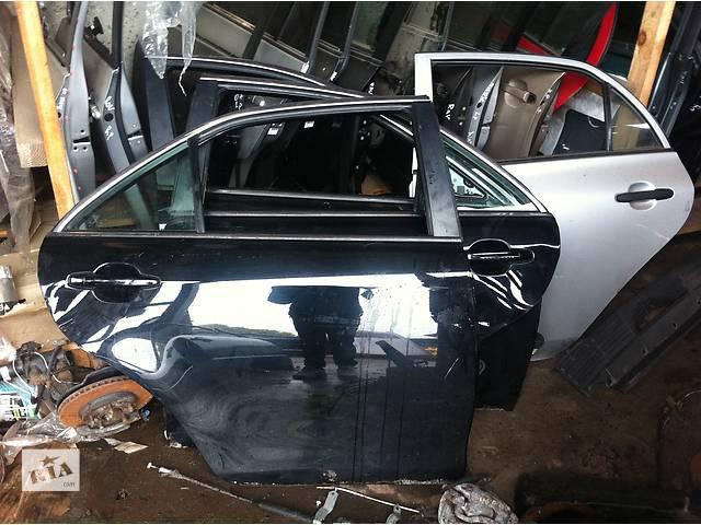 продам Б/у дверь передняя  Toyota Camry 40 бу в Киеве