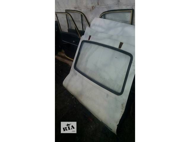 бу Б/у дверь задняя для легкового авто Москвич в Полтаве