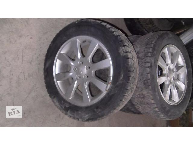 купить бу Б/у диск литой R16+резина для легкового авто Subaru Forester 2007 в Коломые