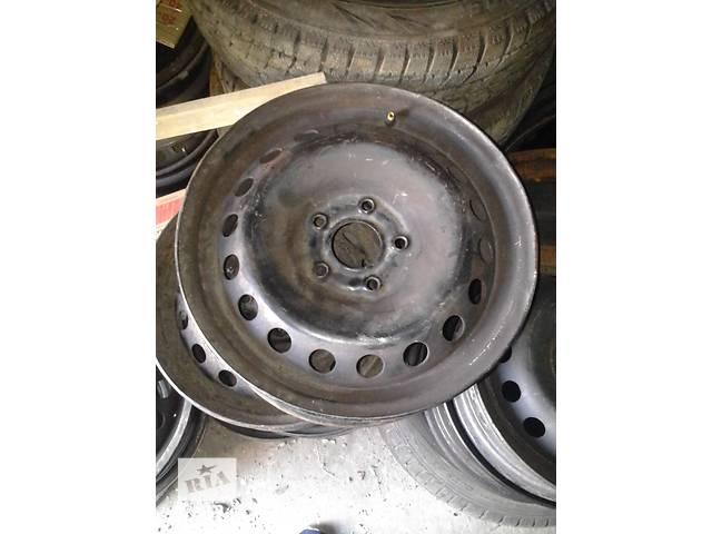 купить бу Б/у диски металлические R-15 для легкового авто Renault Kangoo 08- год ( на 5 болтов) в Ковеле