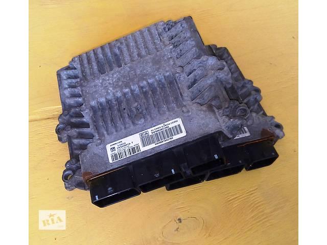 купить бу Б/у ЭБУ мозги блок управления двигателем 1,6 2,0 для автобуса Фиат Скудо Фіат Скудо Fiat Scudo III с 2007г. в Ровно