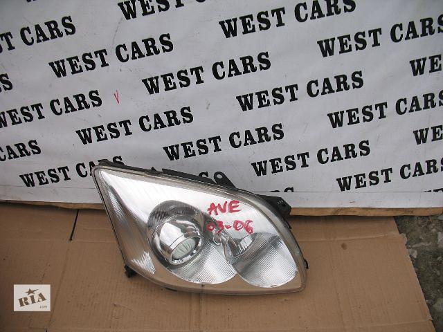 купить бу Б/у фара для легкового авто Toyota Avensis 2004 в Луцке