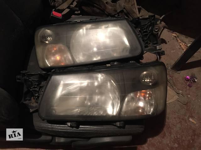 купить бу Б/у фара правая для легкового авто Subaru Forester в Днепре (Днепропетровск)