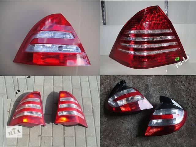 бу Б/у фонарь задний для легкового авто Mercedes C-Class w203 00-07 в Львове