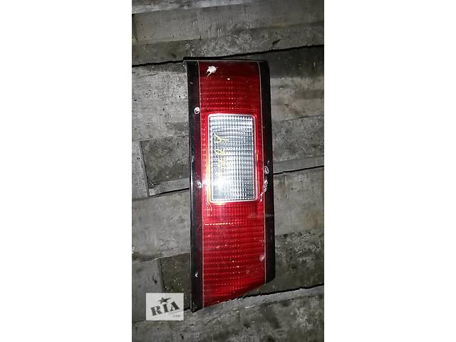 продам Б/у фонарь задний для легкового авто Toyota Camry бу в Бучаче