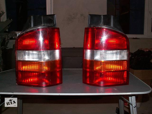 бу Б/у фонарь задний для легкового авто Volkswagen T5 (Transporter) в Львове