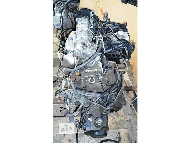 купить бу Б/у Головка блока Двигатель бензин 1,0 Фольксваген Поло Volkswagen Polo 2002 в Рожище