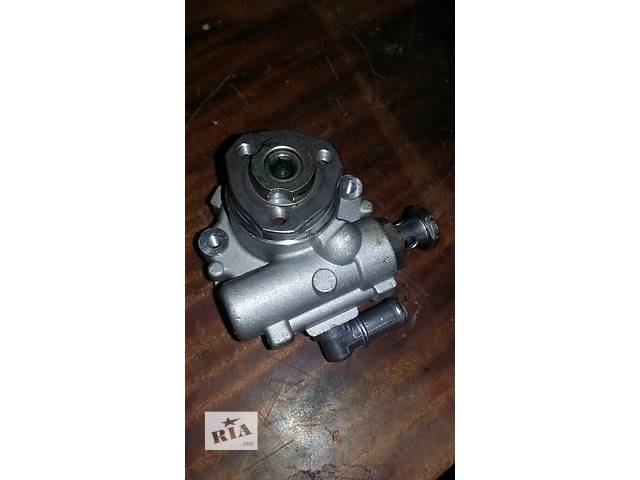купить бу Б/у ГУ Насос гидроусилителя руля Volkswagen Crafter Фольксваген Крафтер 2.5 TDI 2006-2010 в Луцке