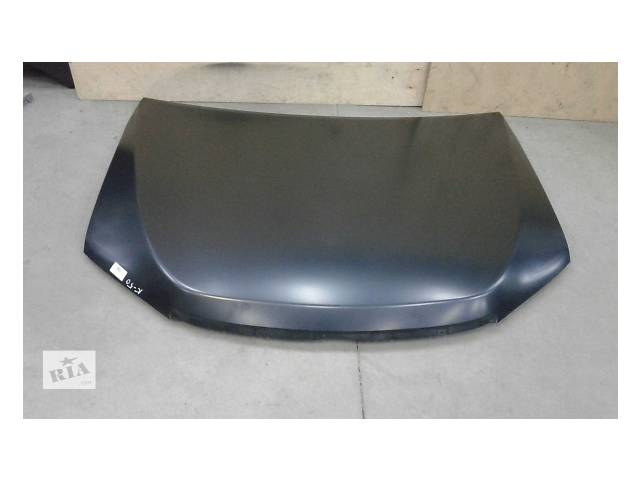 продам Б/у капот для легкового авто Toyota Camry бу в Ровно