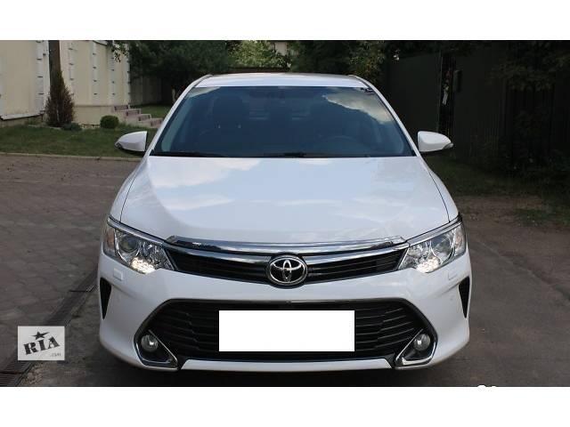 купить бу Б/у капот для седана Toyota Camry 55 в Киеве