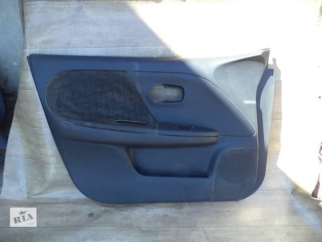 купить бу Б/у карта двери передняя левая 80901-9U01A для хэтчбека Nissan Note 2006г в Николаеве