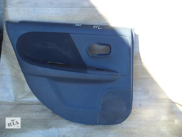 купить бу Б/у карта двери задняя левая 82901-9U02B для хэтчбека Nissan Note 2006г в Николаеве