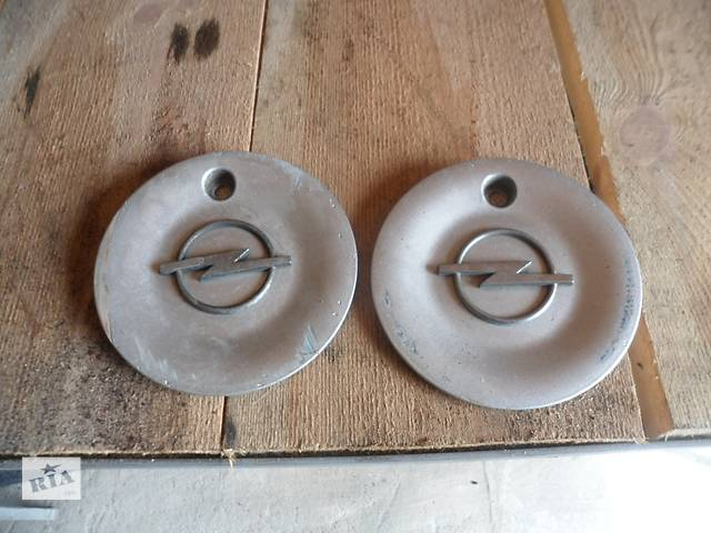 бу Б/у колпак на диск для легкового авто Opel в Умани