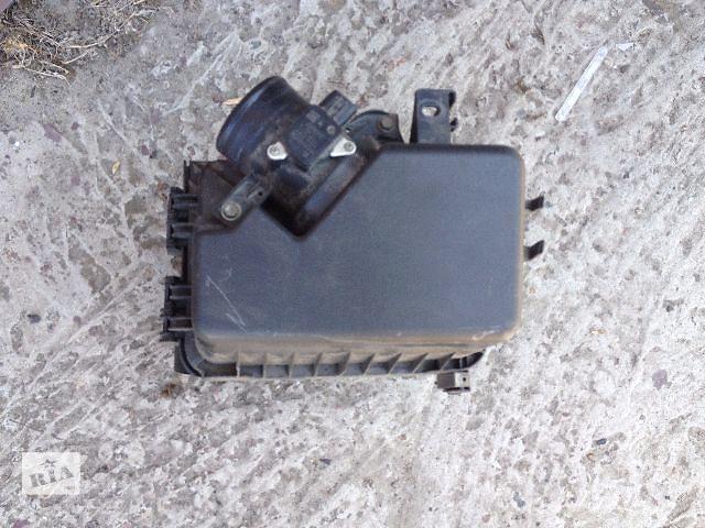 продам Б/у корпус воздушного фильтра для легкового авто Toyota Corolla 2008 бу в Киеве
