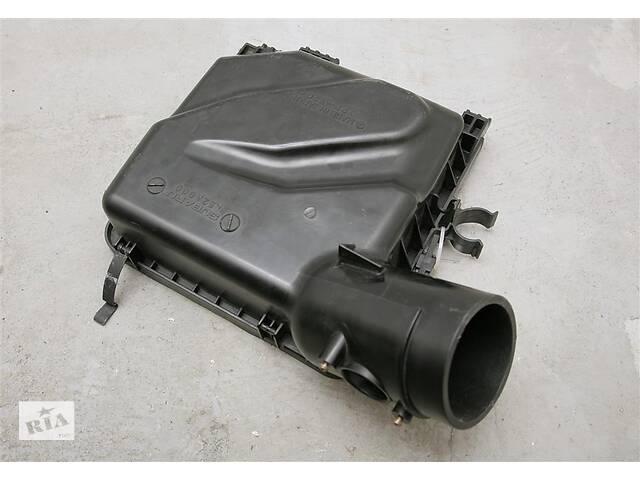 Б/у Корпус воздушного фильтра крышка  верхняя на SUBARU Legacy (B13) 03-06 46052AG000- объявление о продаже  в Запорожье