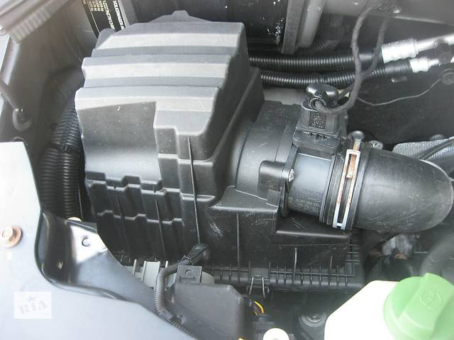 Б/у корпус воздушного фильтра Volkswagen T5- объявление о продаже  в Ровно