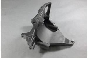 Б/у Кронштейн компрессора на SUBARU Legacy (B12) 98-00 73611SA000
