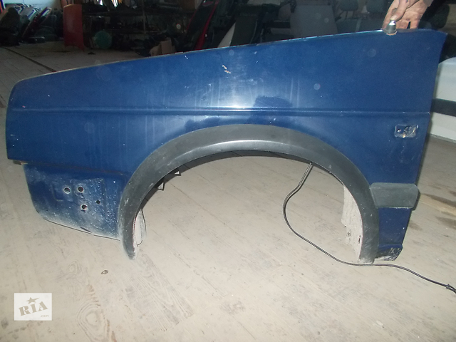продам Б/у крыло переднее для легкового авто Volkswagen Golf II 1990 бу в Тлумаче