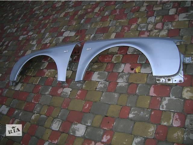 купить бу Б/у крыло переднее для универсала Audi A6 в Луцке