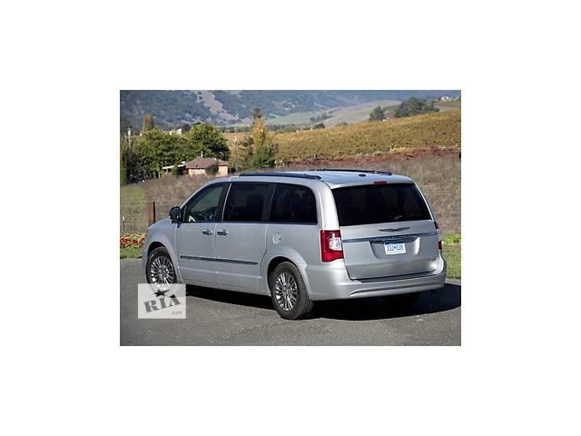 продам Б/у крышка багажника для легкового авто Chrysler Town & Country бу в Львове